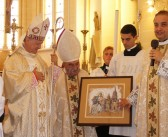 Pontifical High Mass led by Archbishop of Loreto